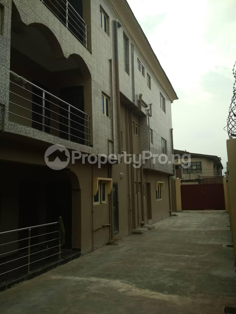 3 bedroom Blocks of Flats House for rent Maryland  Shonibare Estate Maryland Lagos - 8