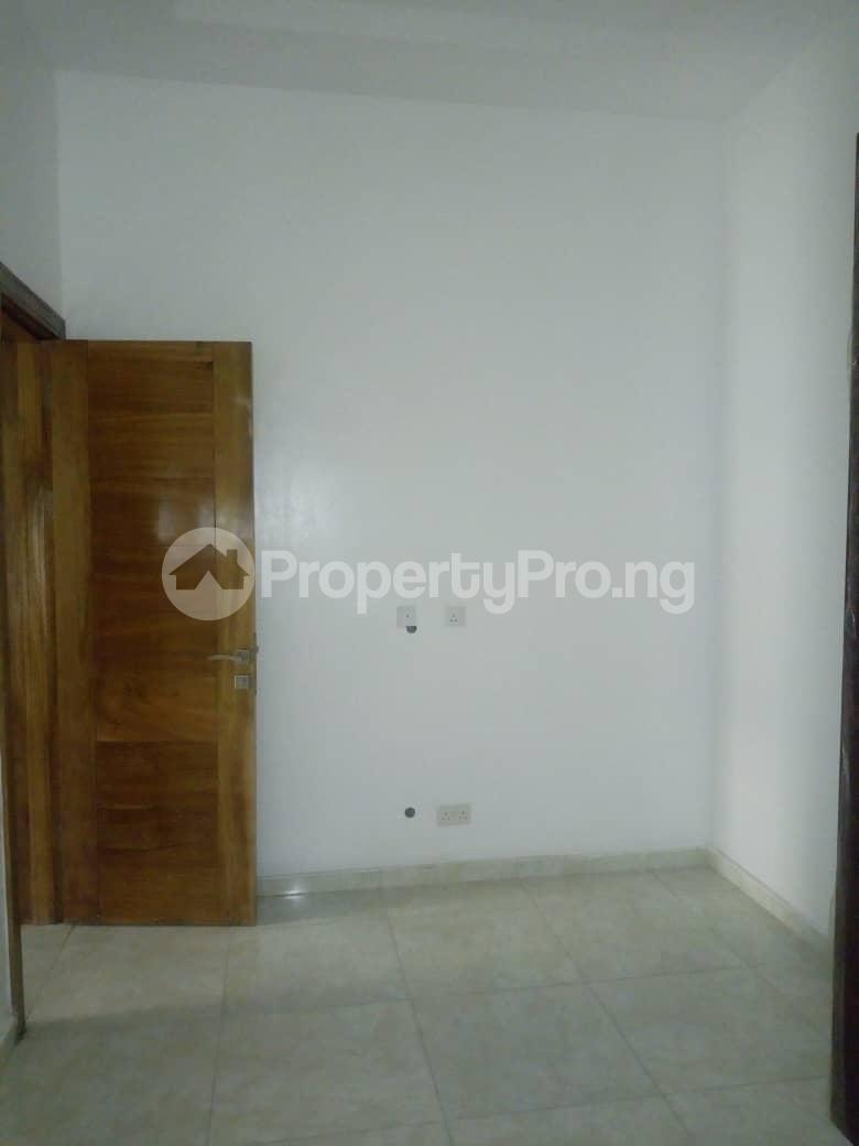 4 bedroom Semi Detached Duplex House for rent Southern View Estate* orchid road Chevron chevron Lekki Lagos - 8