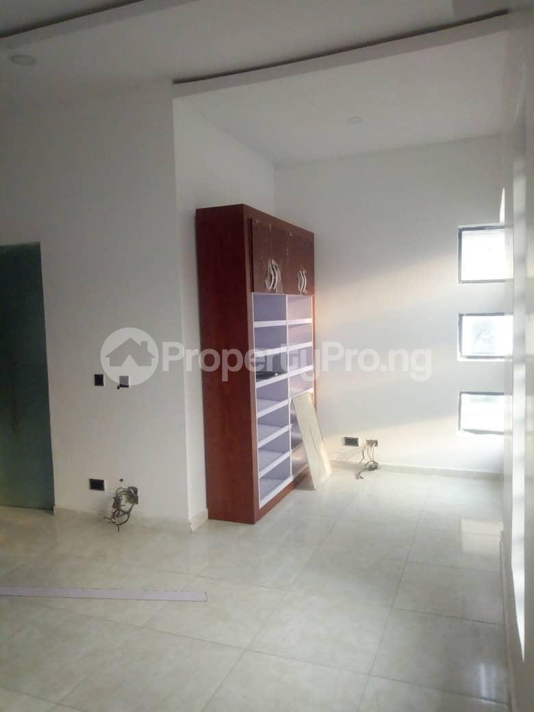 4 bedroom Semi Detached Duplex House for rent Southern View Estate* orchid road Chevron chevron Lekki Lagos - 4