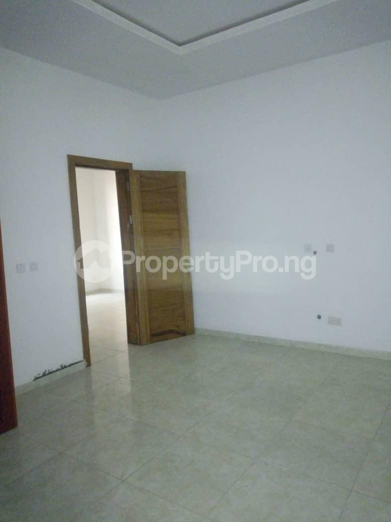 4 bedroom Semi Detached Duplex House for rent Southern View Estate* orchid road Chevron chevron Lekki Lagos - 16