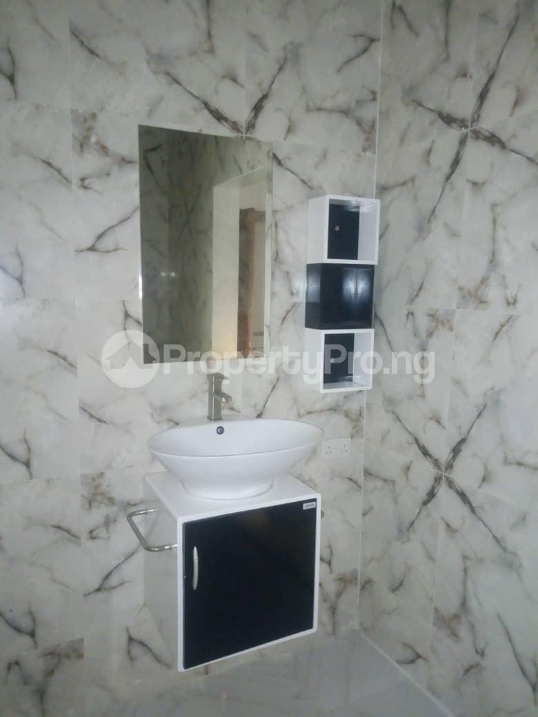 4 bedroom Semi Detached Duplex House for rent Southern View Estate* orchid road Chevron chevron Lekki Lagos - 3