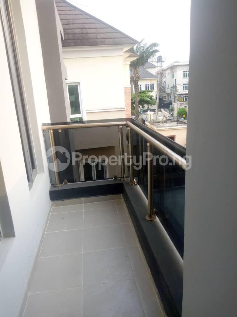 4 bedroom Semi Detached Duplex House for rent Southern View Estate* orchid road Chevron chevron Lekki Lagos - 9