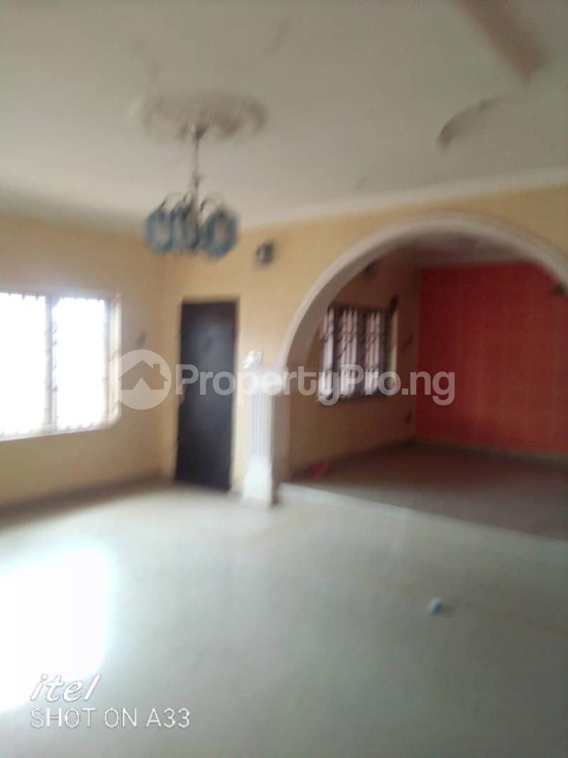 4 bedroom Detached Bungalow for sale Laderin Oke Mosan Abeokuta Ogun - 3