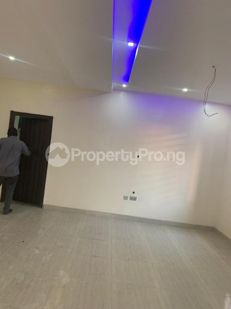3 bedroom Semi Detached Duplex House for rent - Magodo GRA Phase 2 Kosofe/Ikosi Lagos - 16