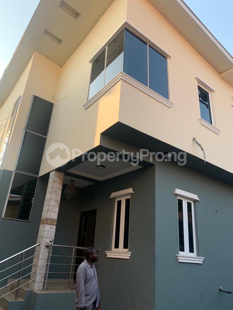 3 bedroom Semi Detached Duplex House for rent - Magodo GRA Phase 2 Kosofe/Ikosi Lagos - 1