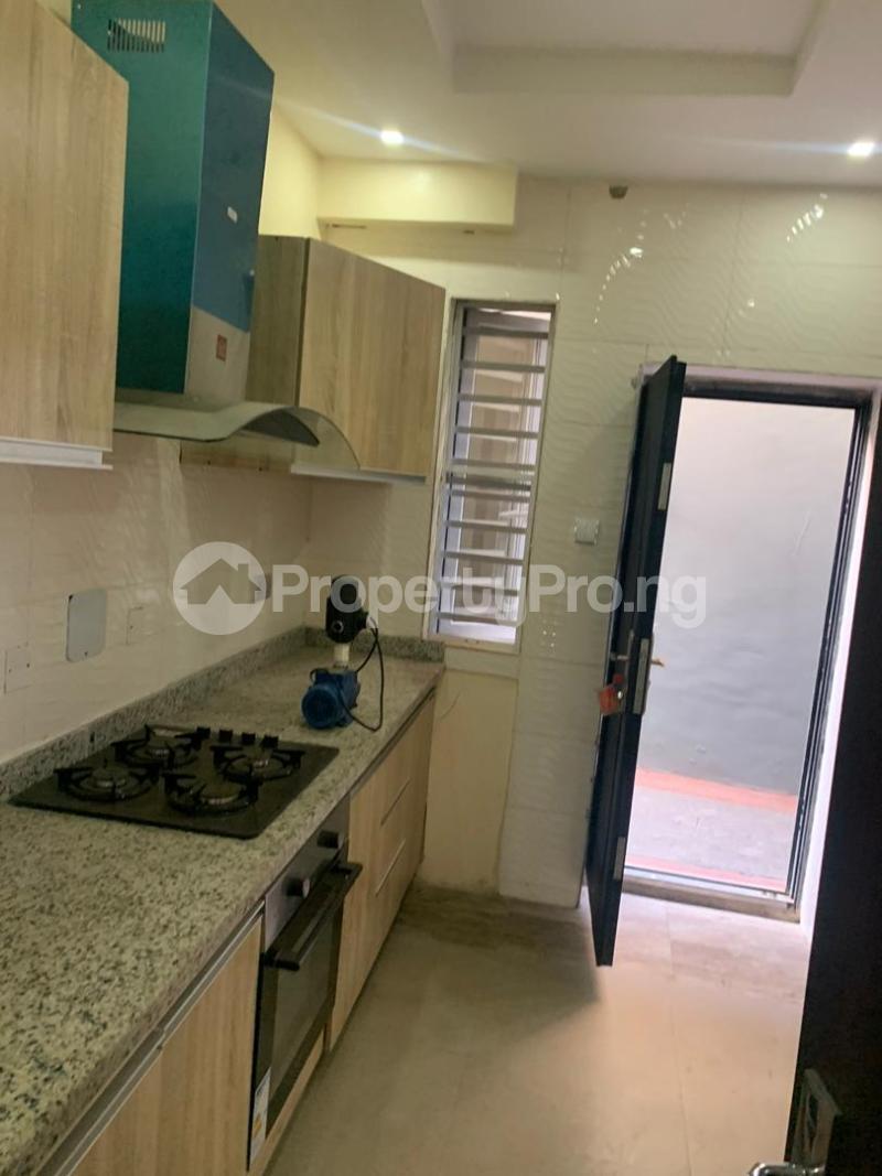3 bedroom Semi Detached Duplex House for rent - Magodo GRA Phase 2 Kosofe/Ikosi Lagos - 18