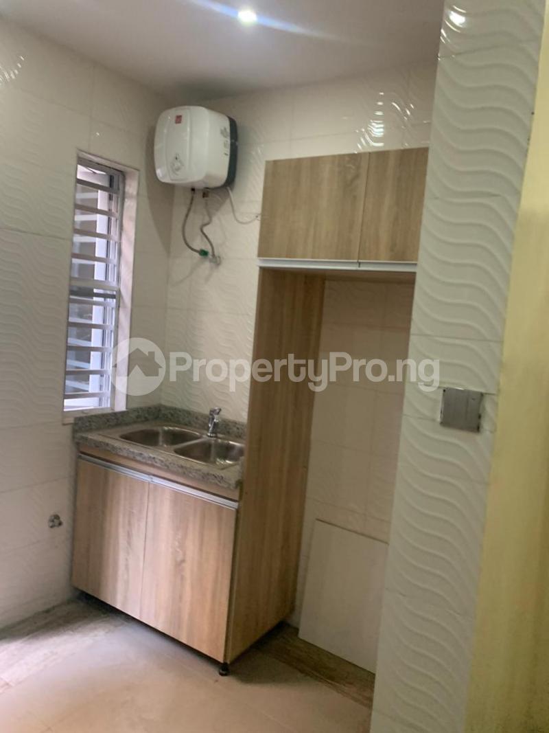 3 bedroom Semi Detached Duplex House for rent - Magodo GRA Phase 2 Kosofe/Ikosi Lagos - 3