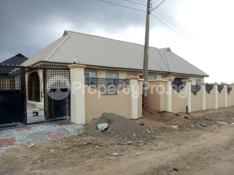 3 bedroom Shared Apartment for sale Owode Ede Oposite Living Faith Chapel, Osun State Ede North Osun - 0