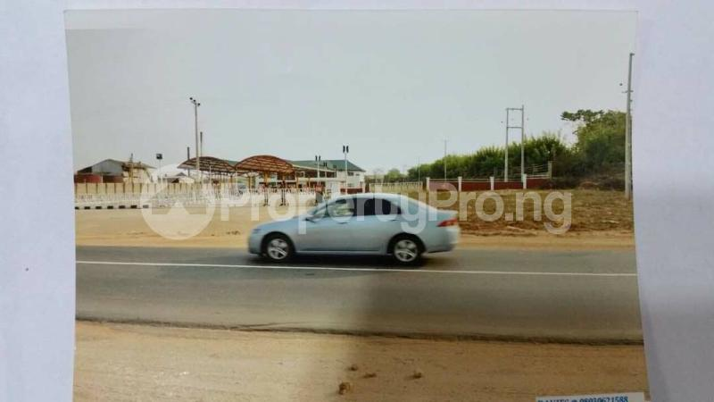 Commercial Property for sale Along Benin Express Road Owo Owo Ondo - 10