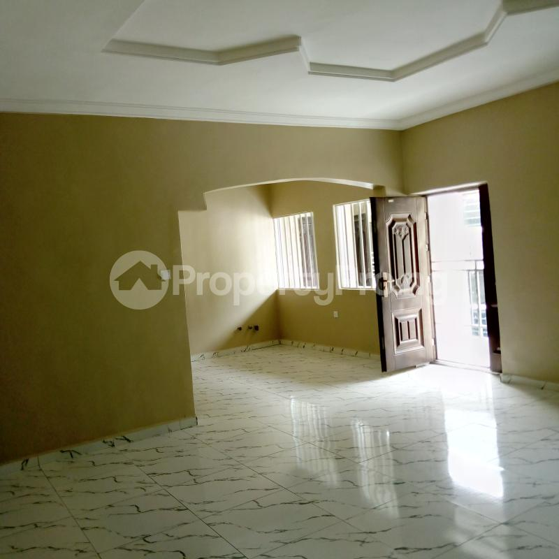 3 bedroom Flat / Apartment for rent Church Street Jakande estate  Oke-Afa Isolo Lagos - 2