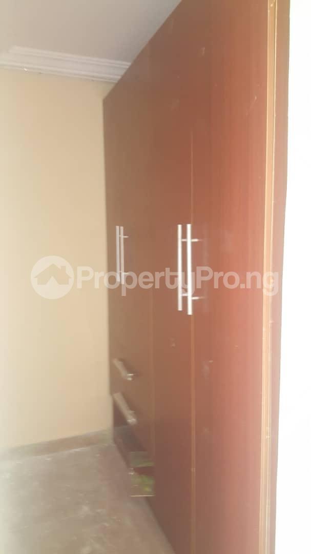 3 bedroom House for rent Off ogunlana Ogunlana Surulere Lagos - 10