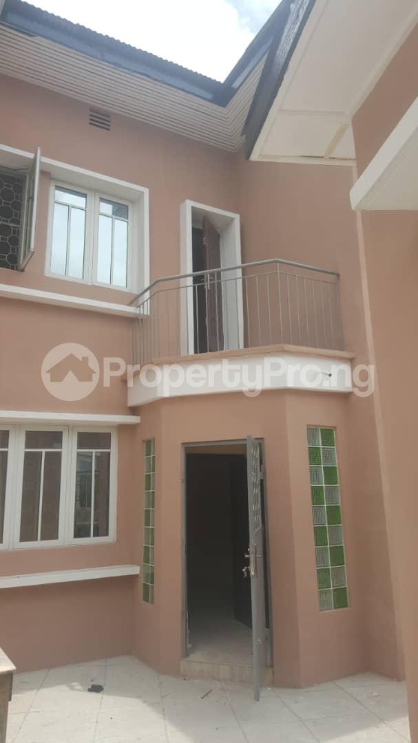 3 bedroom House for rent Off ogunlana Ogunlana Surulere Lagos - 0