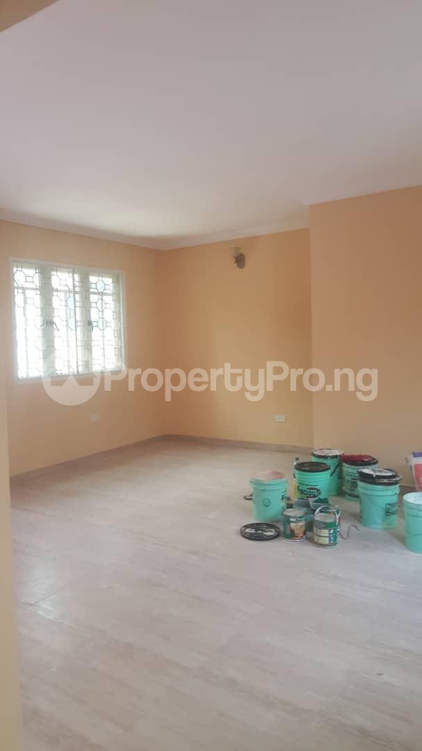 3 bedroom House for rent Off ogunlana Ogunlana Surulere Lagos - 3