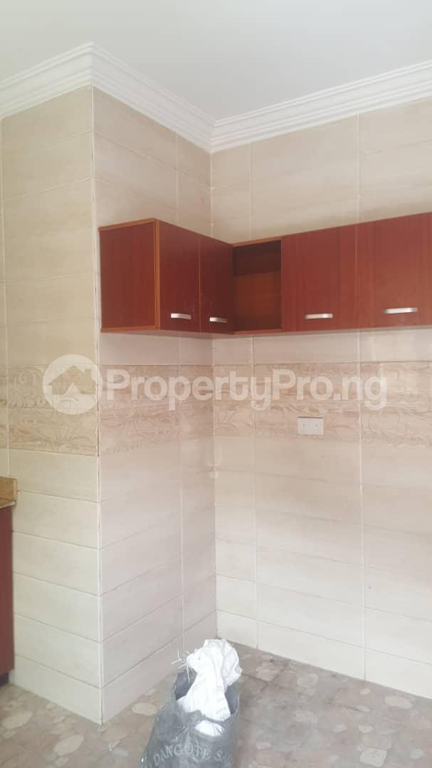 3 bedroom House for rent Off ogunlana Ogunlana Surulere Lagos - 7