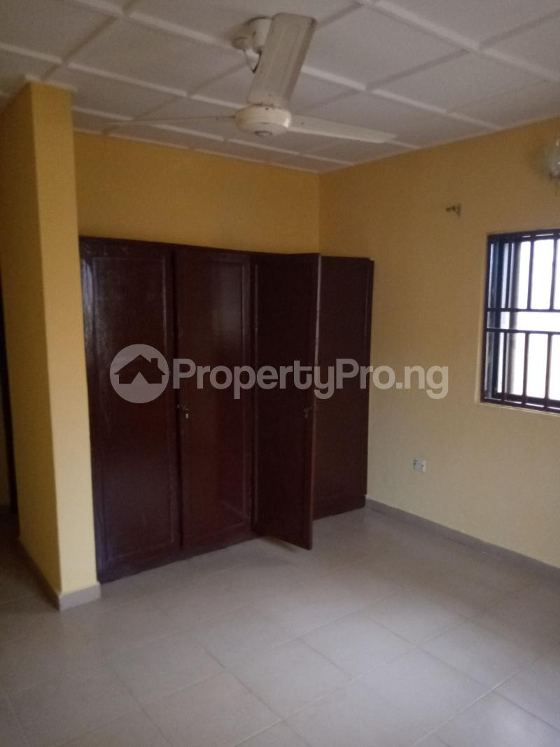 3 bedroom Flat / Apartment for rent Mr. Biggs Road Lugbe Abuja - 5
