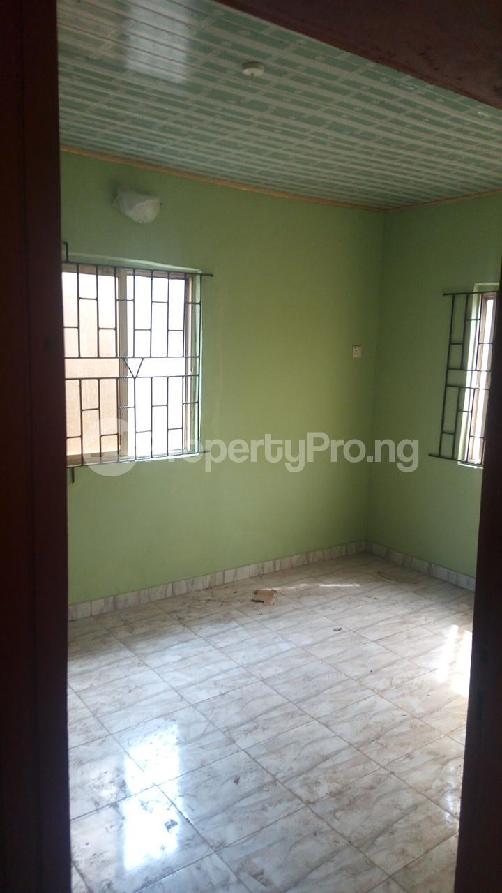 2 bedroom Semi Detached Bungalow House for rent - Akowonjo Alimosho Lagos - 3