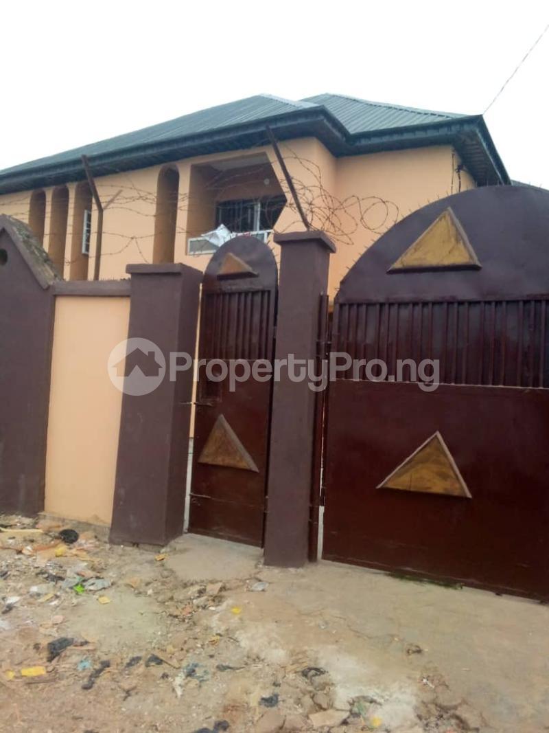2 bedroom Blocks of Flats for rent   Alimosho Lagos - 4