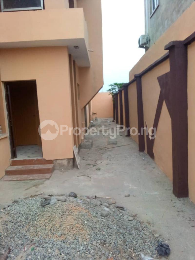 2 bedroom Blocks of Flats for rent   Alimosho Lagos - 7