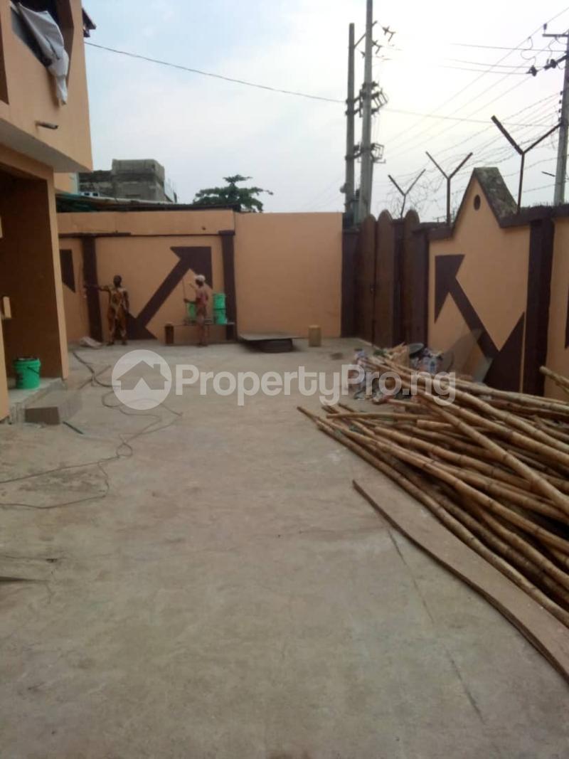 2 bedroom Blocks of Flats for rent   Alimosho Lagos - 6