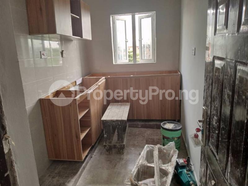 2 bedroom Flat / Apartment for rent Bode Thomas Alaka/Iponri Surulere Lagos - 5