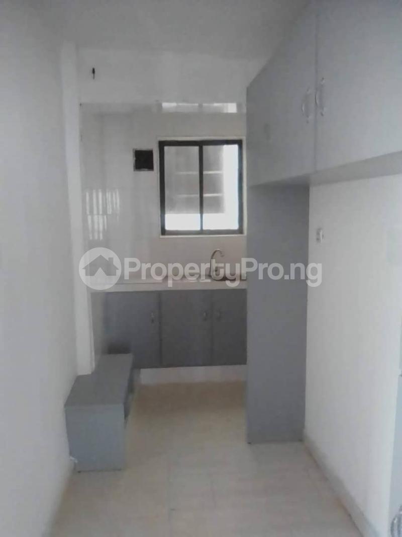 1 bedroom mini flat  Mini flat Flat / Apartment for rent Tunde fisayo street off Admiralty road lekki phase 1 Lekki Phase 1 Lekki Lagos - 3