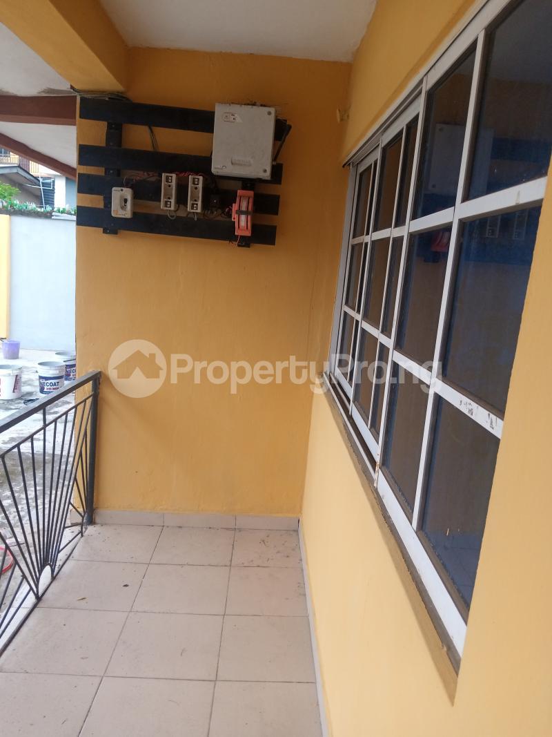 3 bedroom Flat / Apartment for rent Off Ogunlana street Ikosi Ketu Ikosi-Ketu Kosofe/Ikosi Lagos - 1