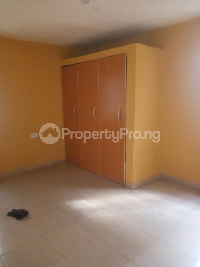 3 bedroom Flat / Apartment for rent Off Ogunlana street Ikosi Ketu Ikosi-Ketu Kosofe/Ikosi Lagos - 8