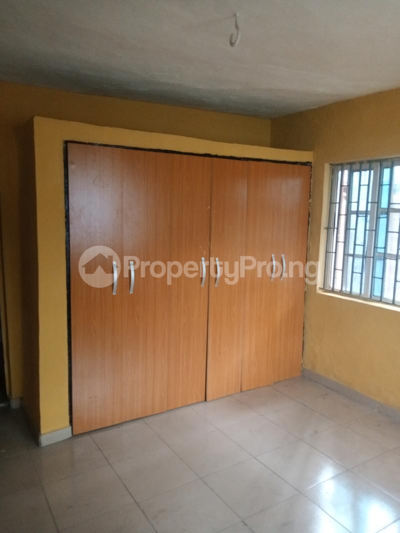 3 bedroom Flat / Apartment for rent Off Ogunlana street Ikosi Ketu Ikosi-Ketu Kosofe/Ikosi Lagos - 3