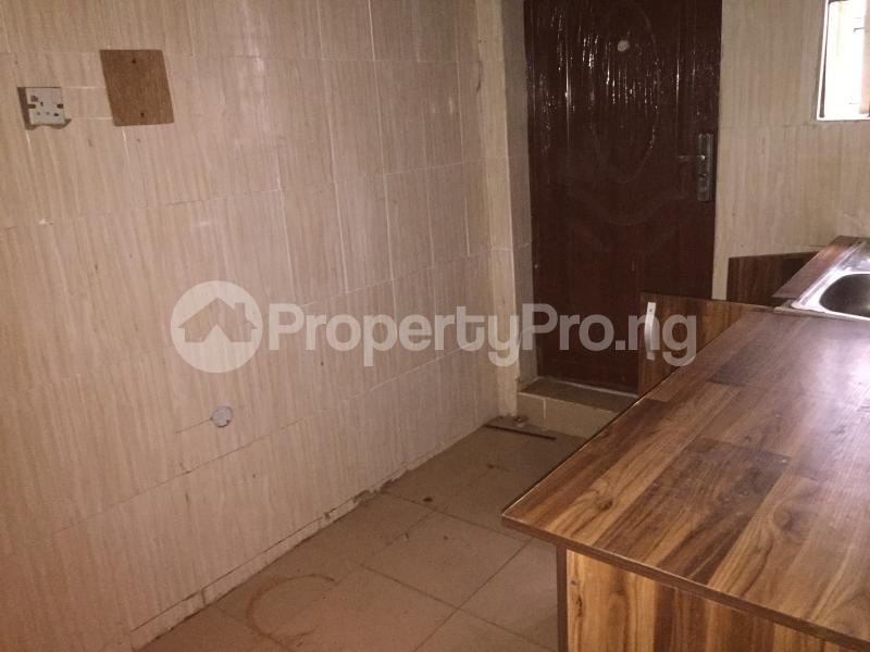 3 bedroom Flat / Apartment for rent Bailey  Abule-Ijesha Yaba Lagos - 7