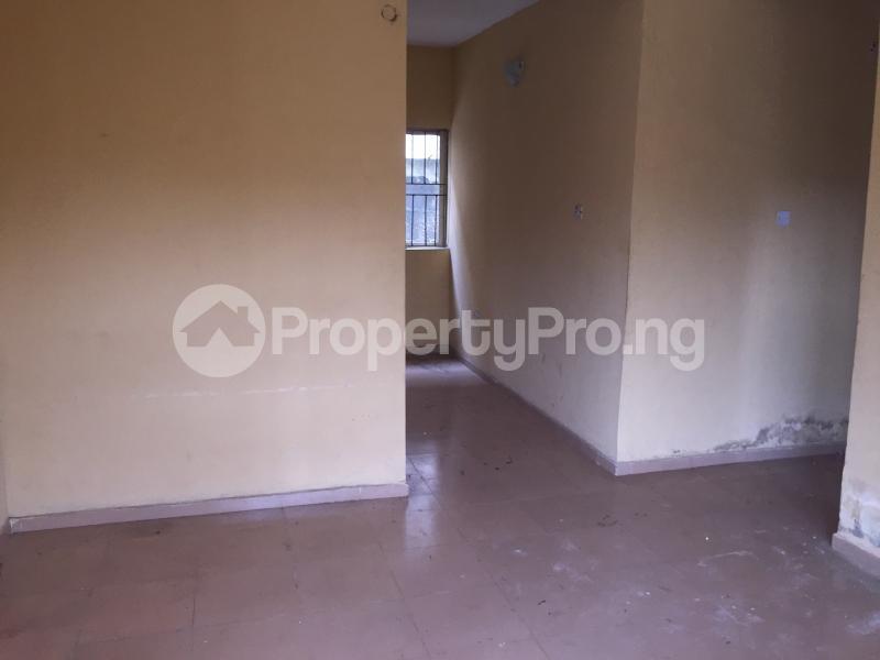3 bedroom Flat / Apartment for rent Bailey  Abule-Ijesha Yaba Lagos - 2