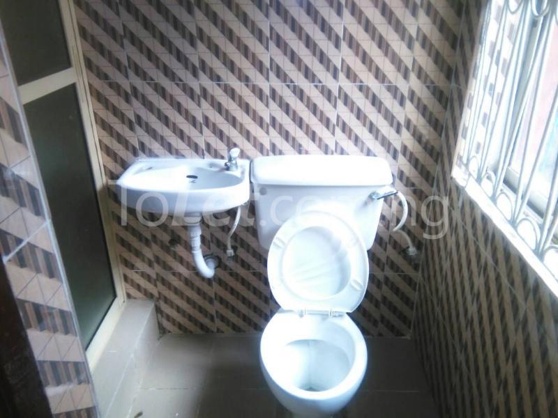 3 bedroom Flat / Apartment for rent idi iroko Estate Mende Maryland Lagos - 6
