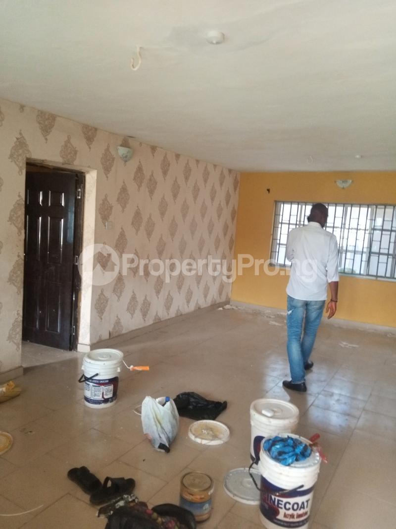 3 bedroom Flat / Apartment for rent Off Ogunlana street Ikosi Ketu Ikosi-Ketu Kosofe/Ikosi Lagos - 2