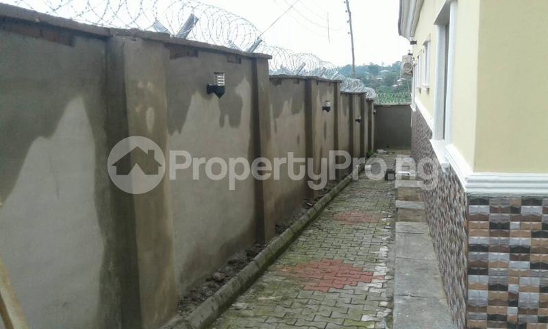 3 bedroom Flat / Apartment for shortlet @ Old Ife Road,watershed Lodge Ibadan north west Ibadan Oyo - 10
