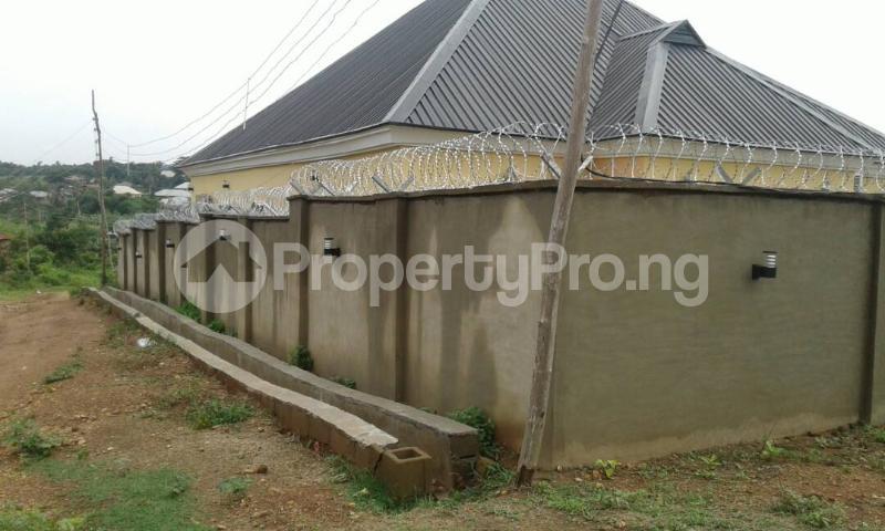 3 bedroom Flat / Apartment for shortlet @ Old Ife Road,watershed Lodge Ibadan north west Ibadan Oyo - 9