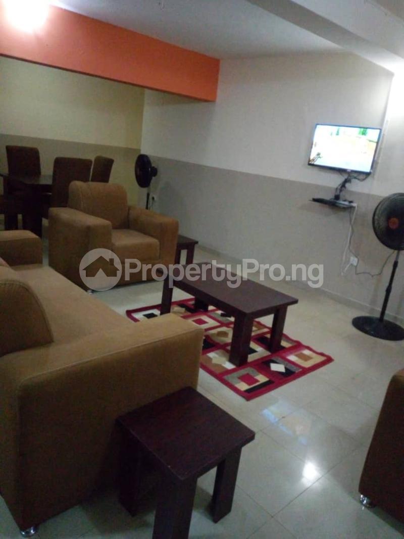 3 bedroom Flat / Apartment for shortlet @ Old Ife Road,watershed Lodge Ibadan north west Ibadan Oyo - 0
