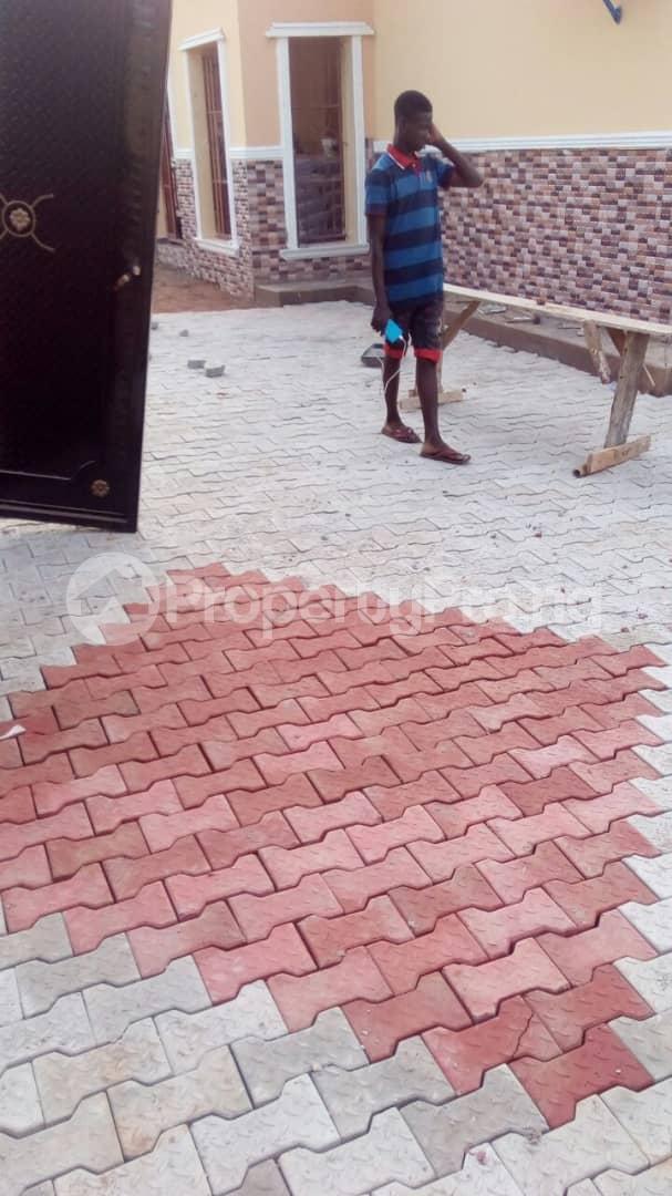 3 bedroom Flat / Apartment for shortlet @ Old Ife Road,watershed Lodge Ibadan north west Ibadan Oyo - 8