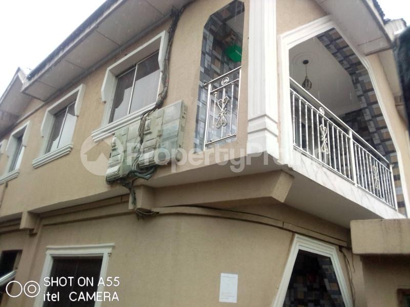 3 bedroom Blocks of Flats House for rent Shagari es Akowonjo Alimosho Lagos - 0