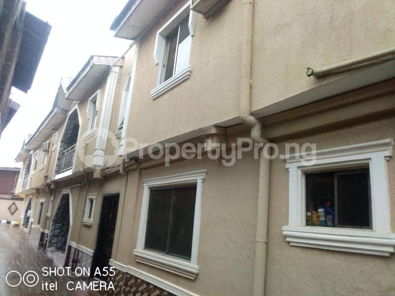 3 bedroom Blocks of Flats House for rent Shagari es Akowonjo Alimosho Lagos - 1
