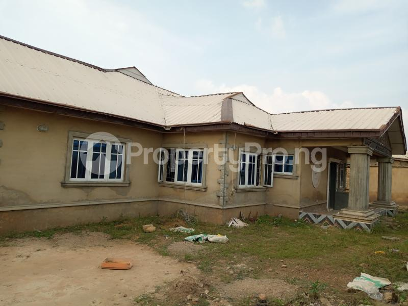 4 bedroom Detached Bungalow House for sale Oritamerin,Bako Apata Ibadan Apata Ibadan Oyo - 1