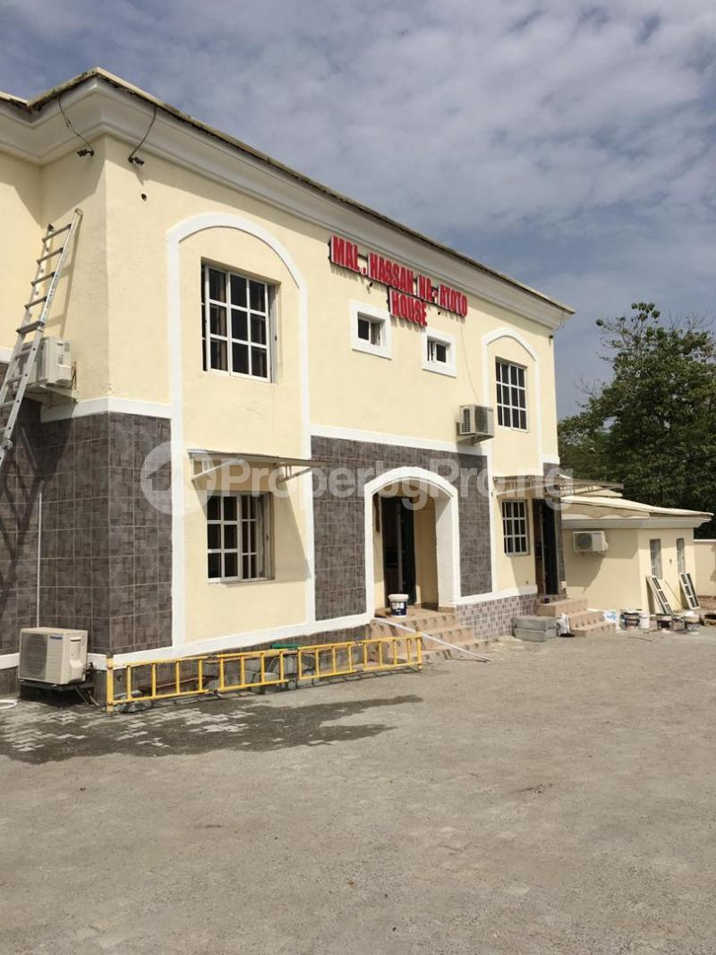 Shop in a Mall Commercial Property for sale Zone 4 Wuse 1 Abuja - 4