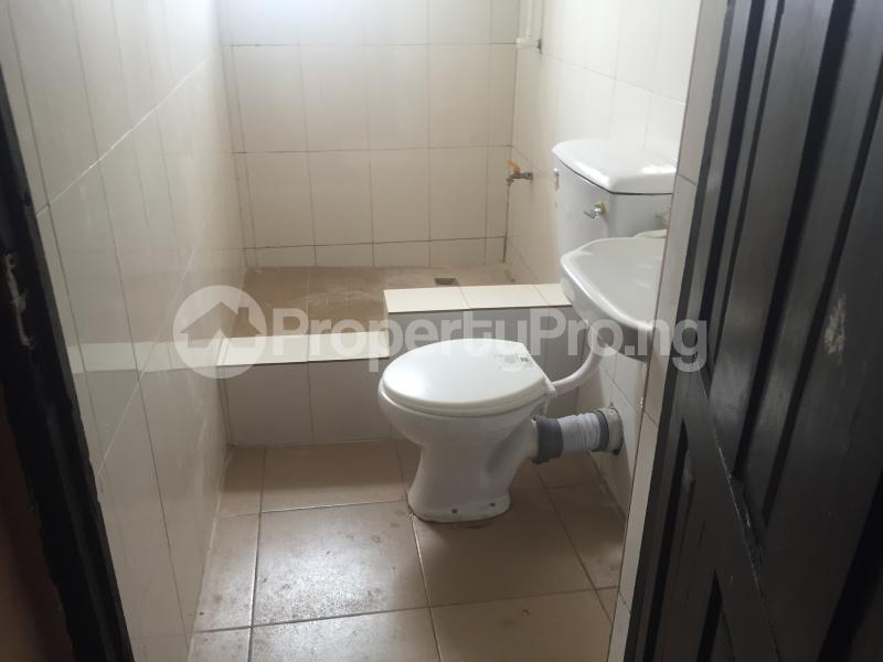 3 bedroom Flat / Apartment for rent Modupe Fola Agoro Yaba Lagos - 11