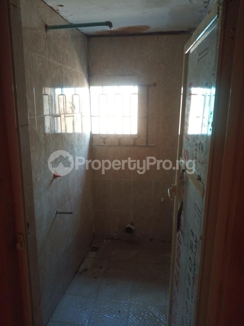 1 bedroom mini flat  Mini flat Flat / Apartment for rent Off Oworo road, oworo Kosofe Kosofe/Ikosi Lagos - 2
