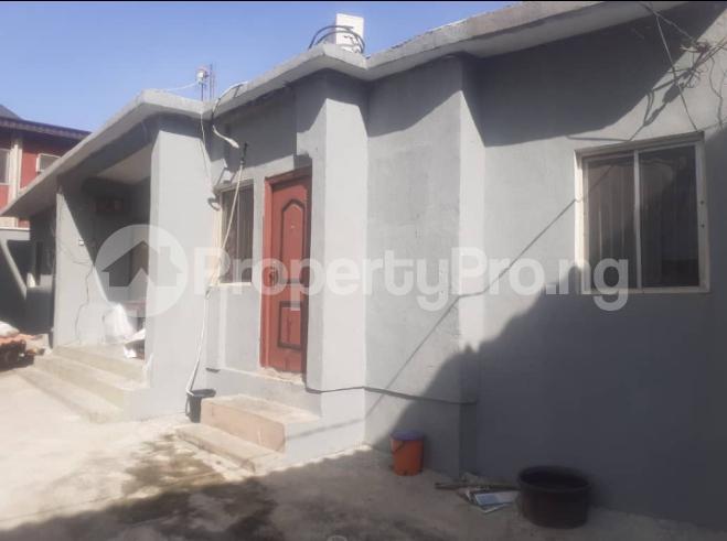 5 bedroom Mini flat for sale Karaole Estate, College Road Ifako-ogba Ogba Lagos - 0