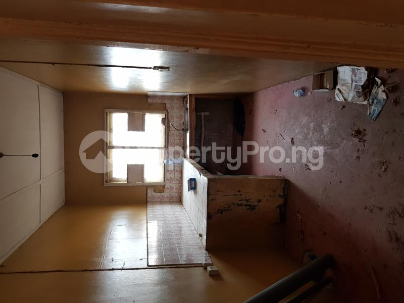 2 bedroom Self Contain Flat / Apartment for rent Jaiyeola ajatta Ajao Estate Isolo Lagos - 0