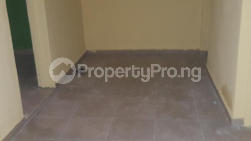 2 bedroom Flat / Apartment for rent Makinde Mafoluku Oshodi Lagos - 6