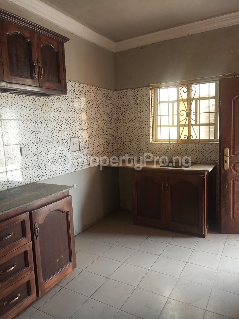 2 bedroom Flat / Apartment for rent Erunwen iwelumon street by Balogun  Ikorodu Ikorodu Lagos - 5