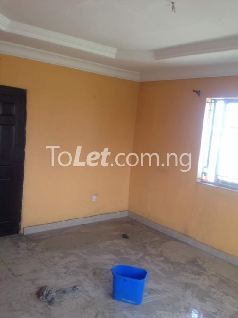 Flat / Apartment for rent Soleye Crescent  Ogunlana Surulere Lagos - 2