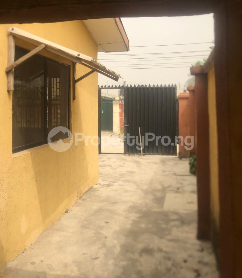 3 bedroom Flat / Apartment for sale Abraham Adesanya  Lekki Phase 2 Lekki Lagos - 17
