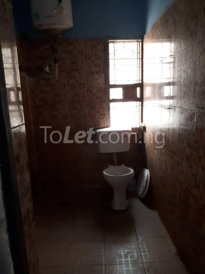 3 bedroom Flat / Apartment for rent Off sura mogaji Coker Road Ilupeju Lagos - 5