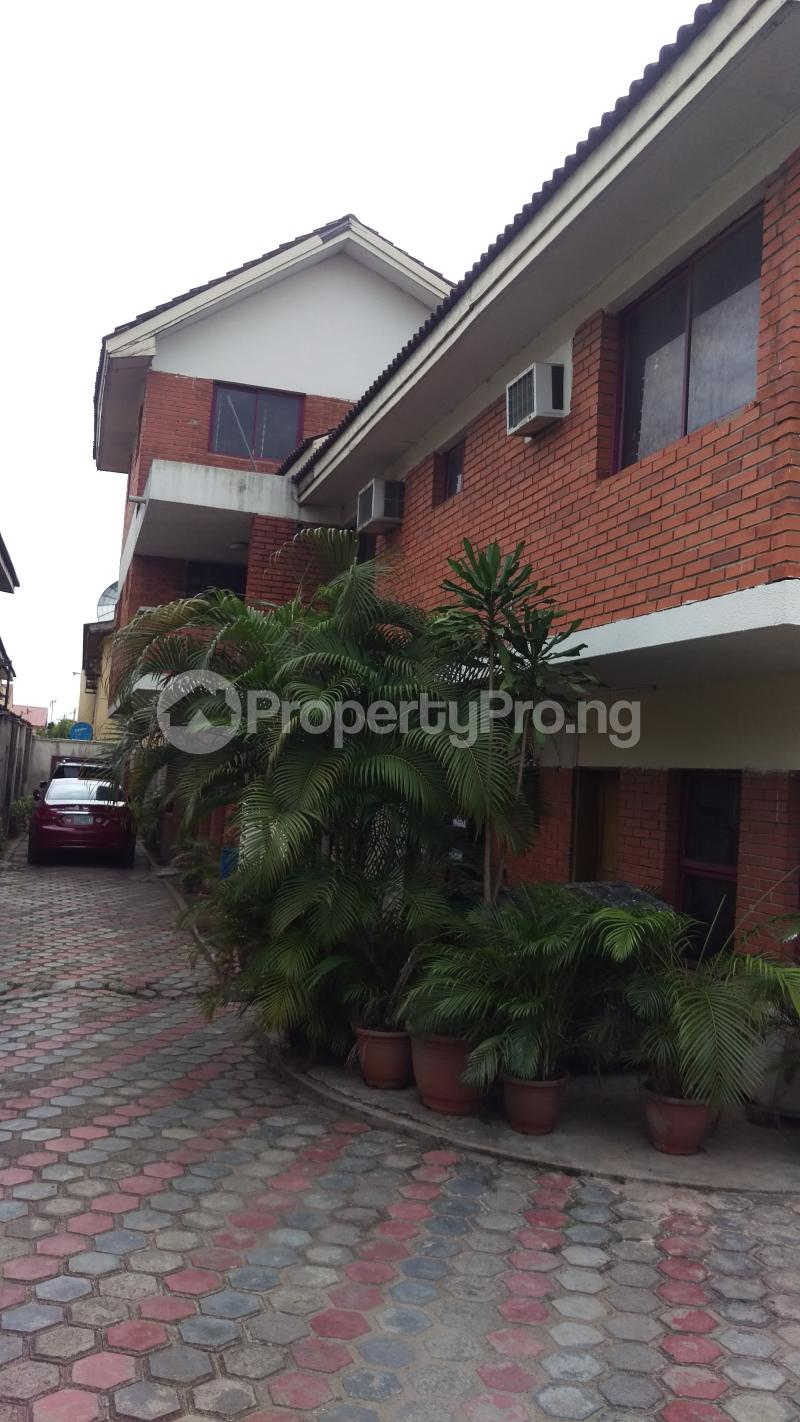 4 bedroom Terraced Duplex House for rent Medina estate gbagada Medina Gbagada Lagos - 0